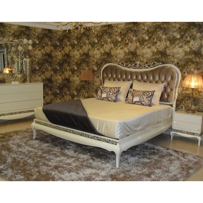 Chambre adulte de luxe or ou argent et commode baroque for Lit et commode adulte